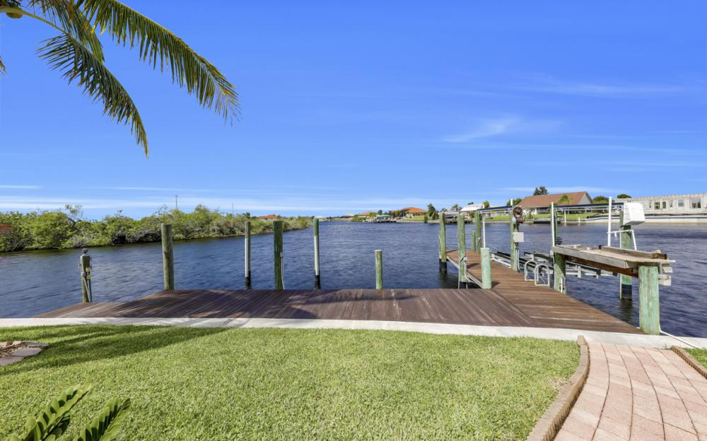 1254 NW 32nd Pl, Cape Coral - Home For Sale 2086857837