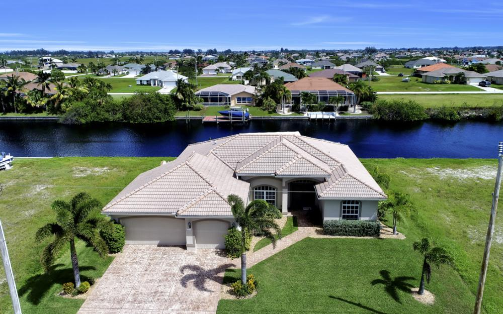 443 NW 38th Ave, Cape Coral - Home For Sale 1730273706