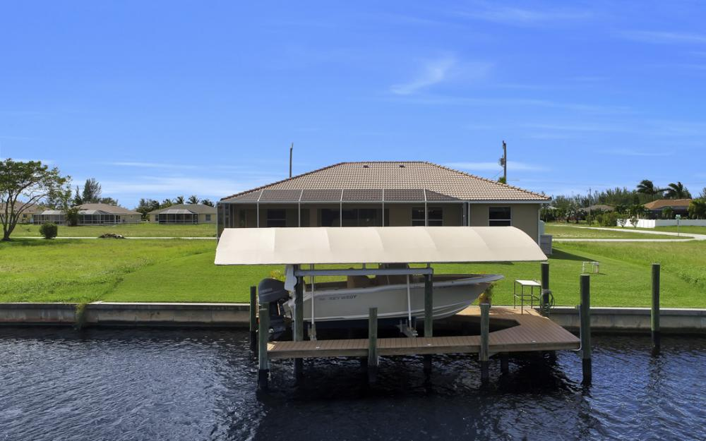 443 NW 38th Ave, Cape Coral - Home For Sale 24320462