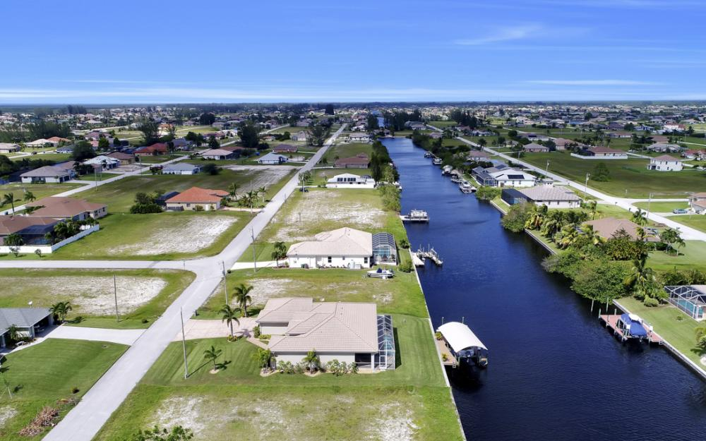 443 NW 38th Ave, Cape Coral - Home For Sale 1971901487