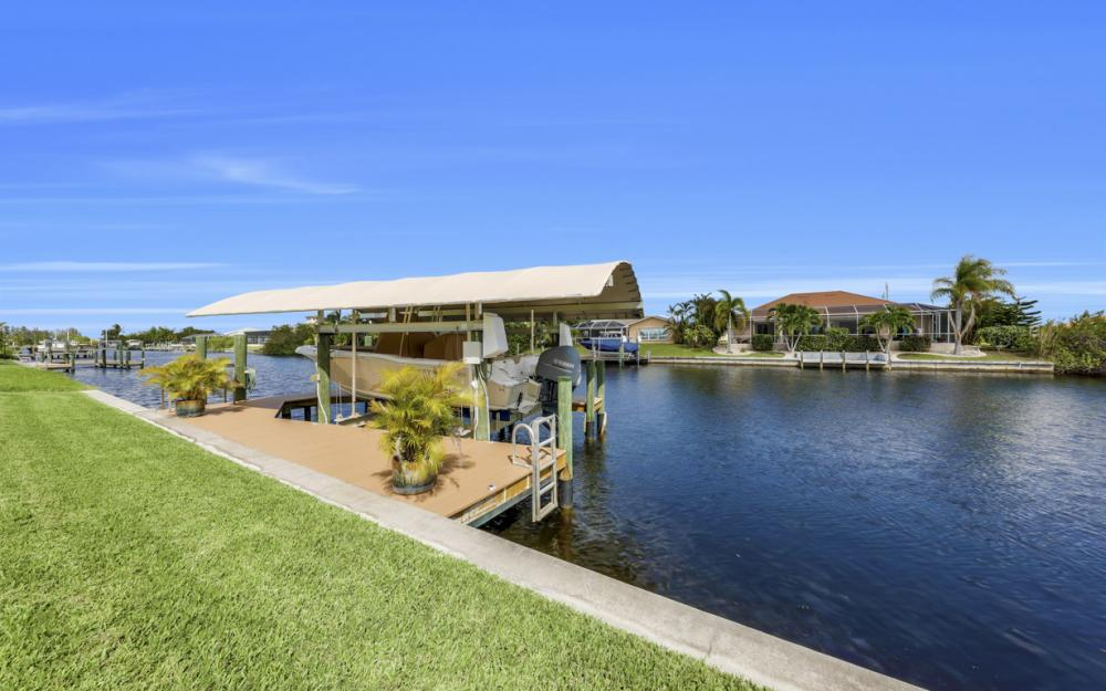 443 NW 38th Ave, Cape Coral - Home For Sale 651769631