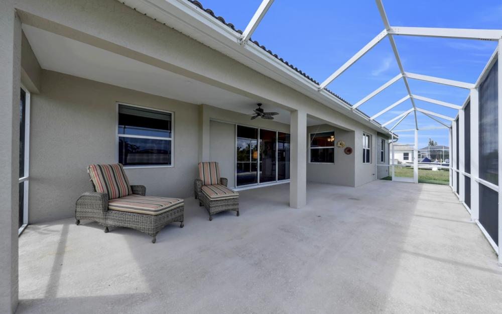 443 NW 38th Ave, Cape Coral - Home For Sale 701600609