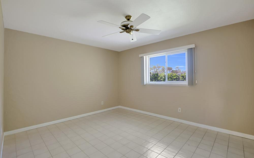 229 Willowick Dr, Naples - Home For Sale 329050189