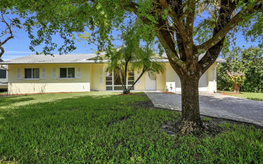 229 Willowick Dr, Naples - Home For Sale 1590100067