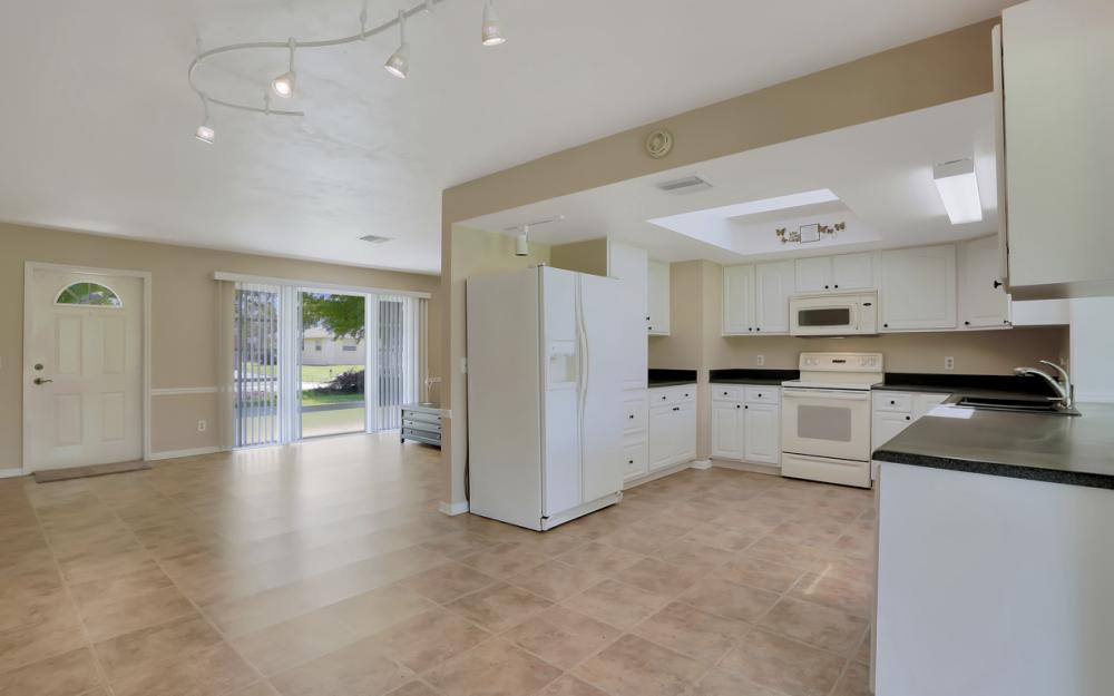 229 Willowick Dr, Naples - Home For Sale 907101117