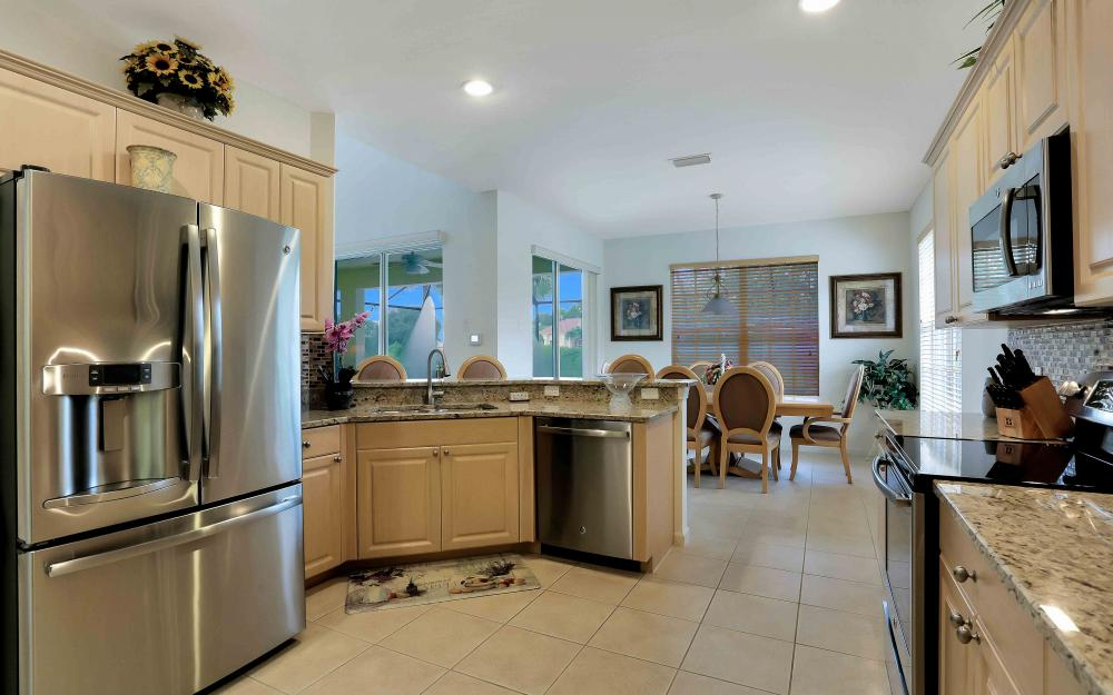 5453 Whispering Willow Way, Fort Myers - Home For Sale 1196946092