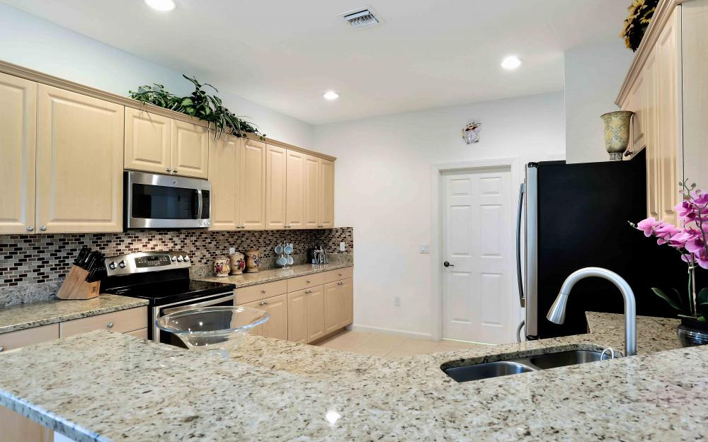 5453 Whispering Willow Way, Fort Myers - Home For Sale 1124520112