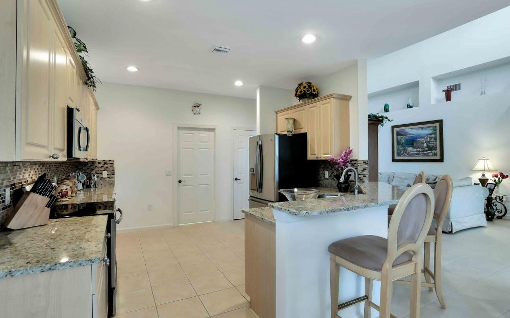 5453 Whispering Willow Way, Fort Myers - Home For Sale 161984108