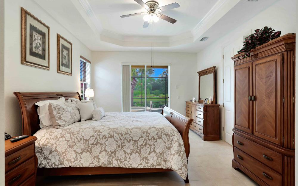5453 Whispering Willow Way, Fort Myers - Home For Sale 271115688