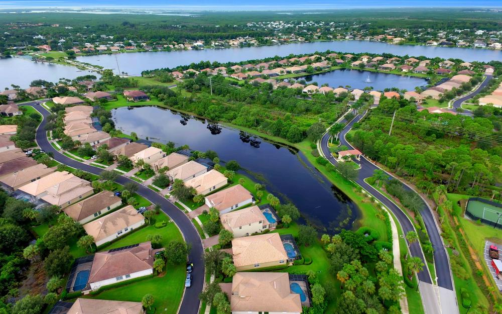 5453 Whispering Willow Way, Fort Myers - Home For Sale 358136452