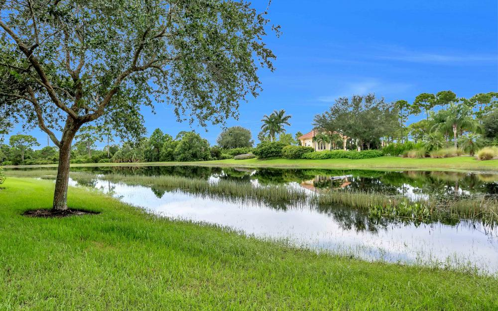 5453 Whispering Willow Way, Fort Myers - Home For Sale 260919843