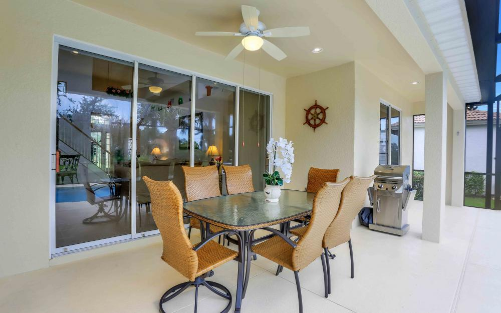 5453 Whispering Willow Way, Fort Myers - Home For Sale 483508297