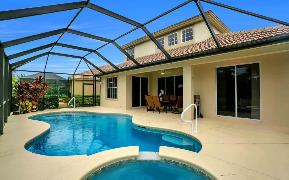 5453 Whispering Willow Way, Fort Myers - Home For Sale 570925113