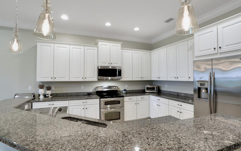 8254 Sumner Ave, Fort Myers - Home For Sale 611822637