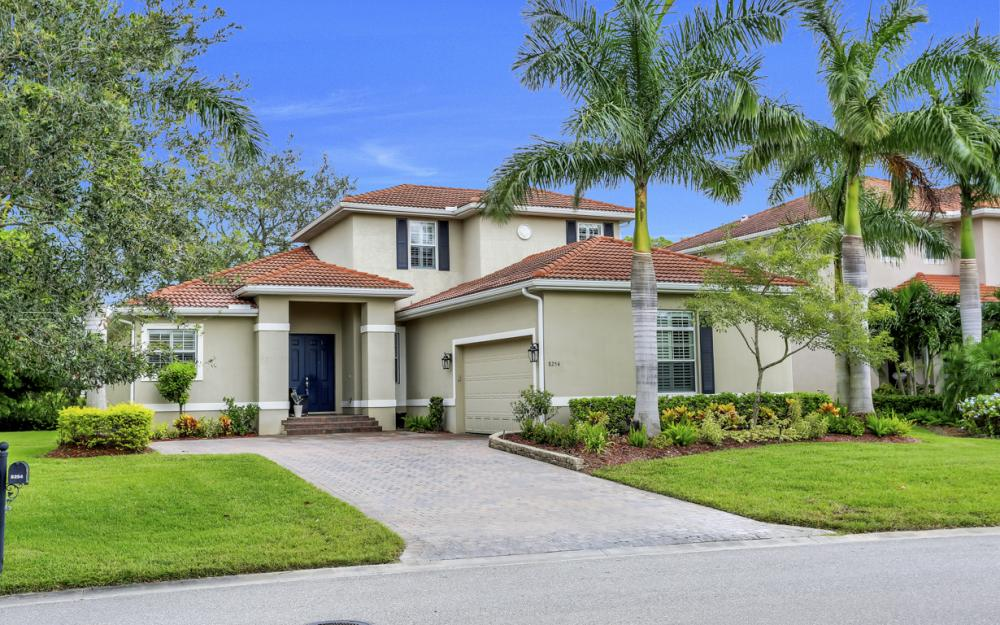8254 Sumner Ave, Fort Myers - Home For Sale 653388054