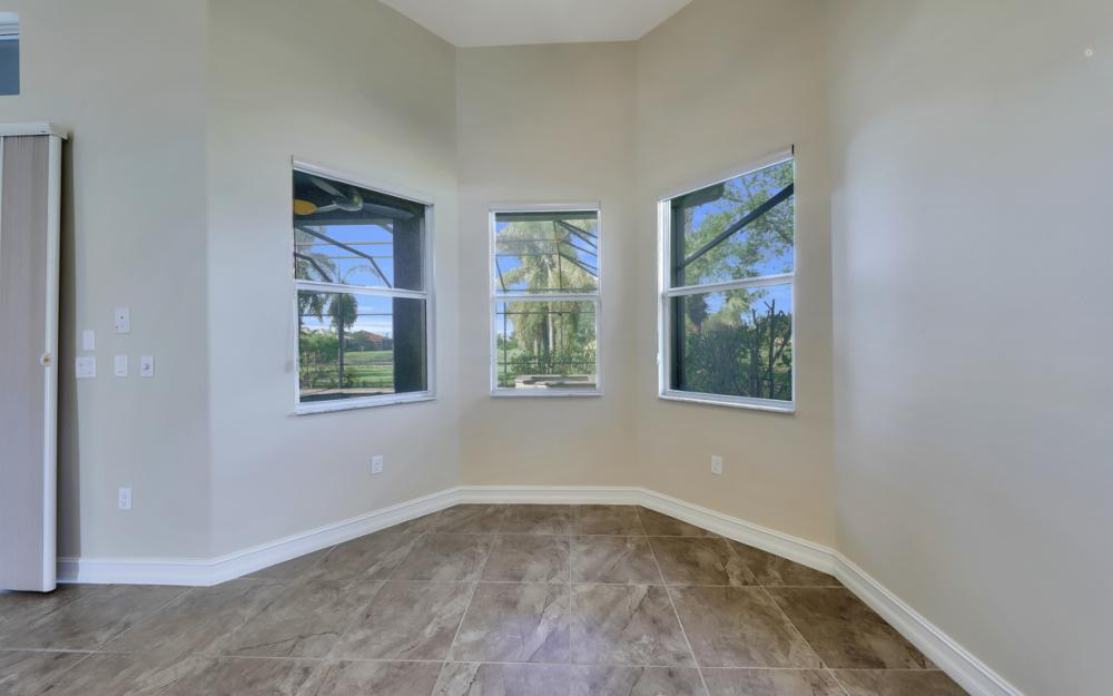 7762 Cottesmore Dr, Naples - Home For Sale 556304669
