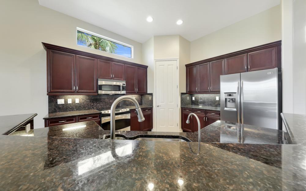 7762 Cottesmore Dr, Naples - Home For Sale 645962246