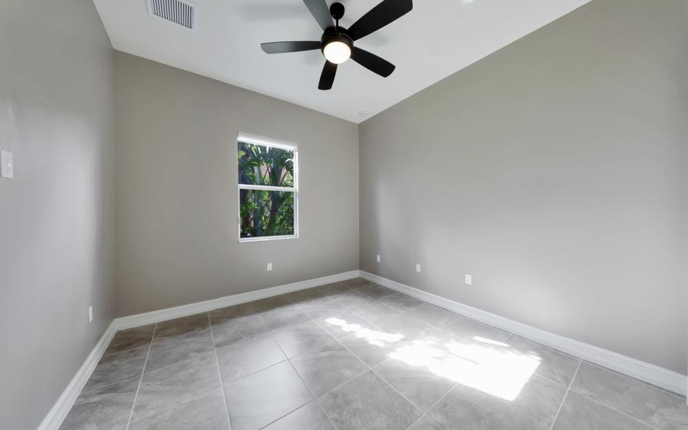 7762 Cottesmore Dr, Naples - Home For Sale 421678482