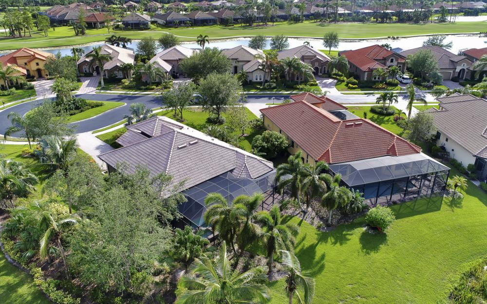 7762 Cottesmore Dr, Naples - Home For Sale 2145294673