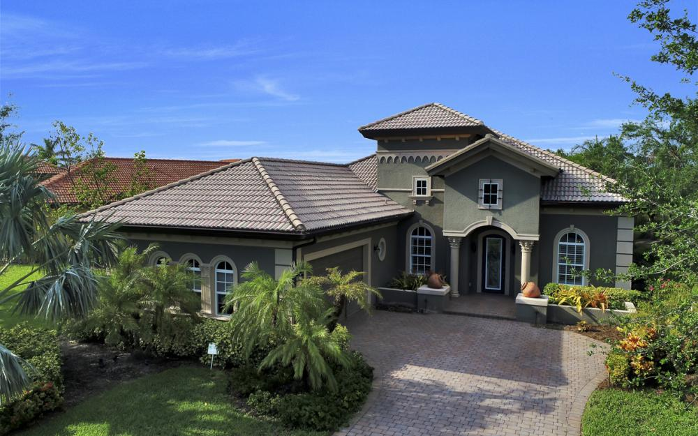 7762 Cottesmore Dr, Naples - Home For Sale 305231574
