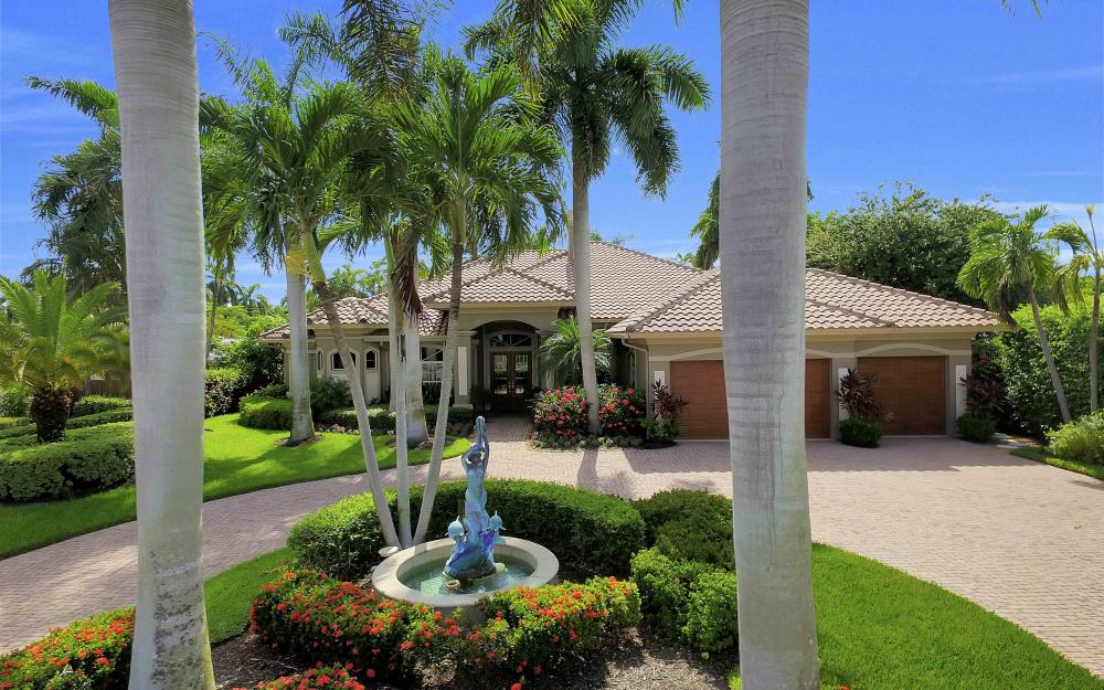 2725 Crayton Rd, Naples - Home For Sale 817958393