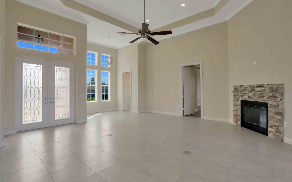 830 Fairlawn Ct, Marco Island - Home For Sale 986025055