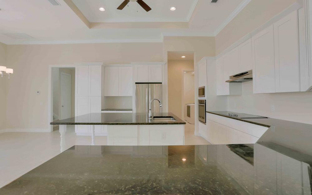 830 Fairlawn Ct, Marco Island - Home For Sale 2070063910