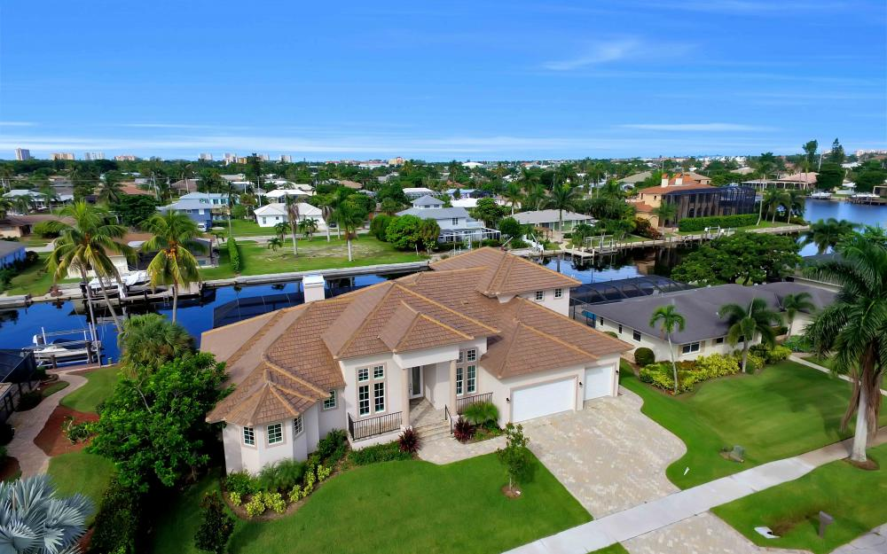 830 Fairlawn Ct, Marco Island - Home For Sale 1163937085