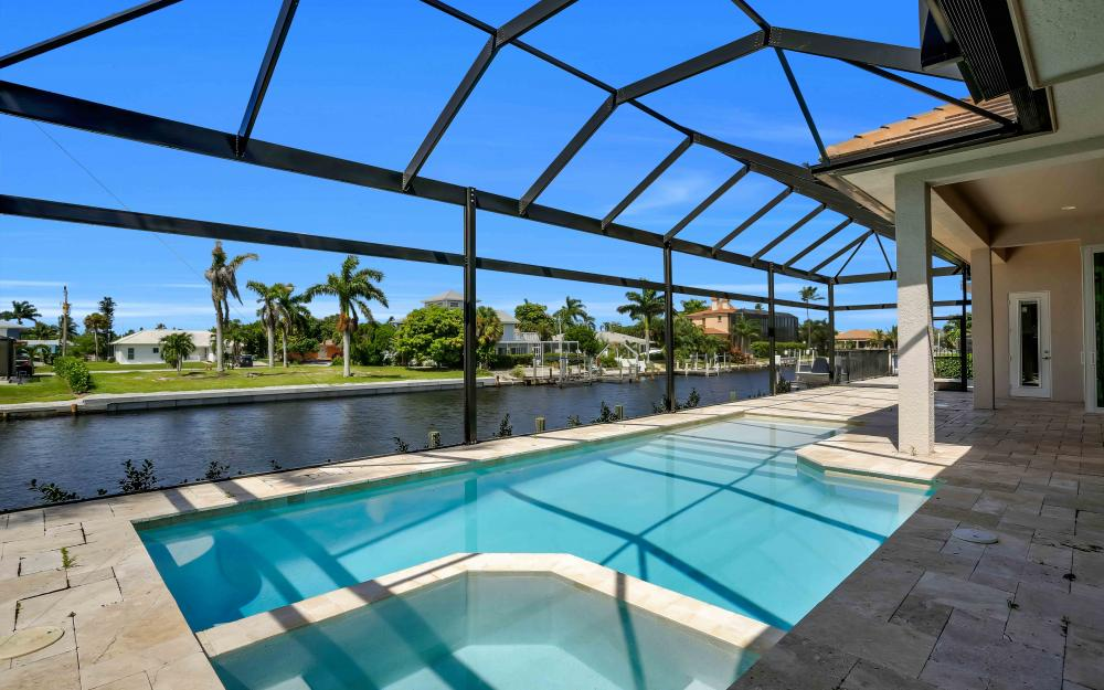 830 Fairlawn Ct, Marco Island - Home For Sale 72436351