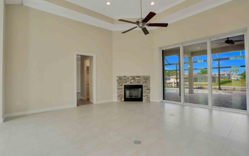 830 Fairlawn Ct, Marco Island - Home For Sale 19887419
