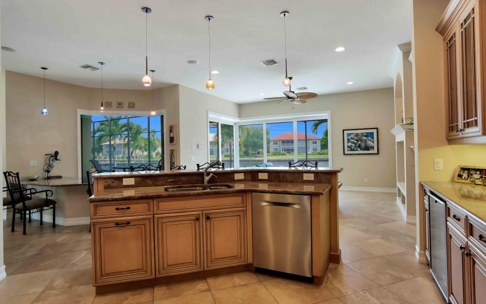 149 S Seas Ct, Marco Island - Home For Sale 706141451
