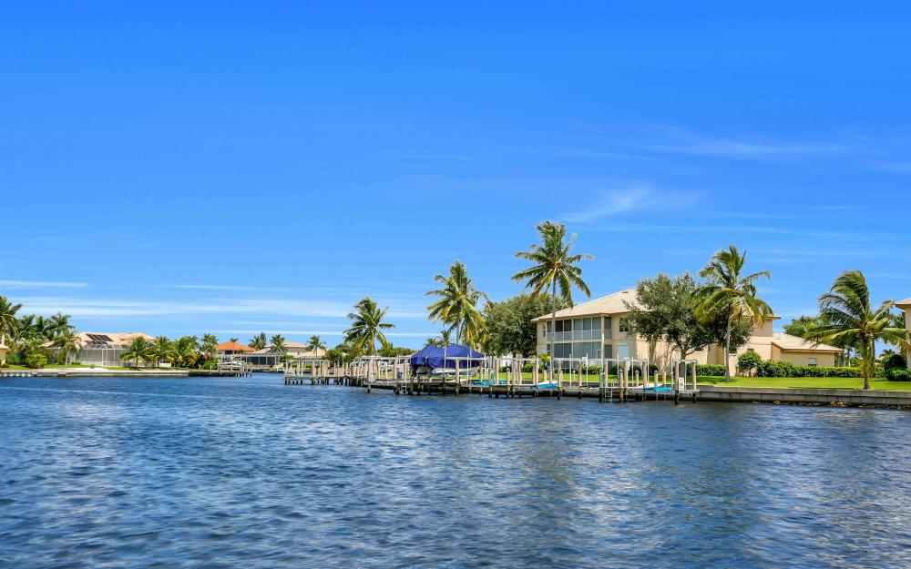 149 S Seas Ct, Marco Island - Home For Sale 1760316404