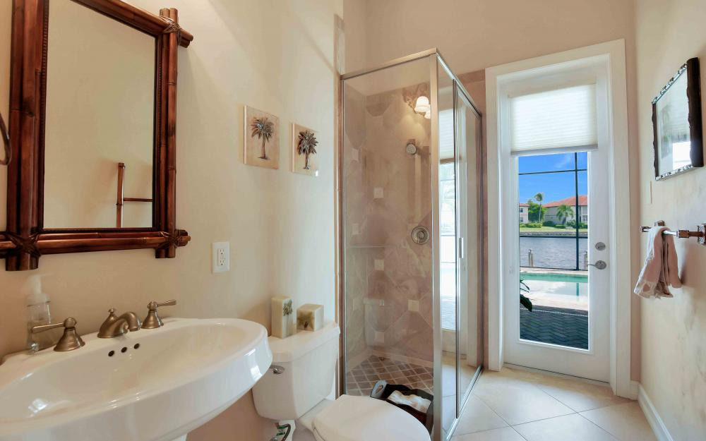 149 S Seas Ct, Marco Island - Home For Sale 1073373387