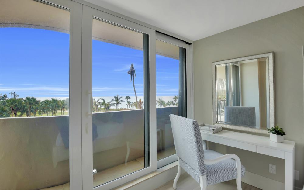 4001 Gulf Shore Blvd N #301, Naples - Condo For Sale 41532120