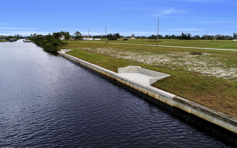 306 NW 32nd Pl, Cape Coral - Lot For Sale 1020419004
