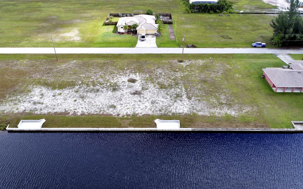 306 NW 32nd Pl, Cape Coral - Lot For Sale 411886751