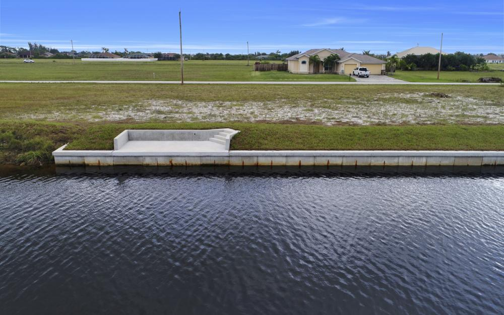 306 NW 32nd Pl, Cape Coral - Lot For Sale 935230293