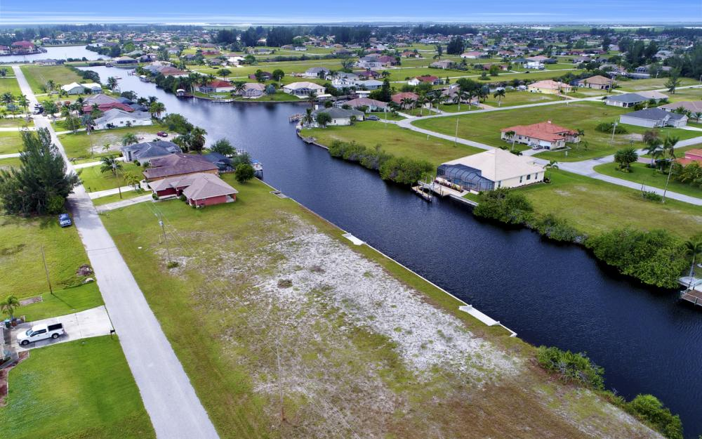 302 NW 32nd Pl, Cape Coral - Lot For Sale 166754360