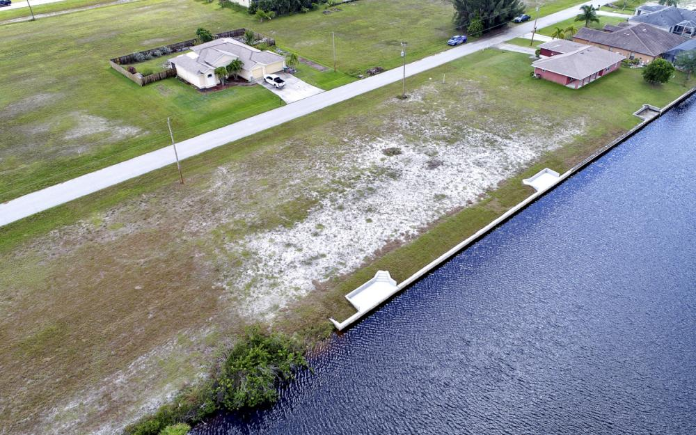 302 NW 32nd Pl, Cape Coral - Lot For Sale 849276815