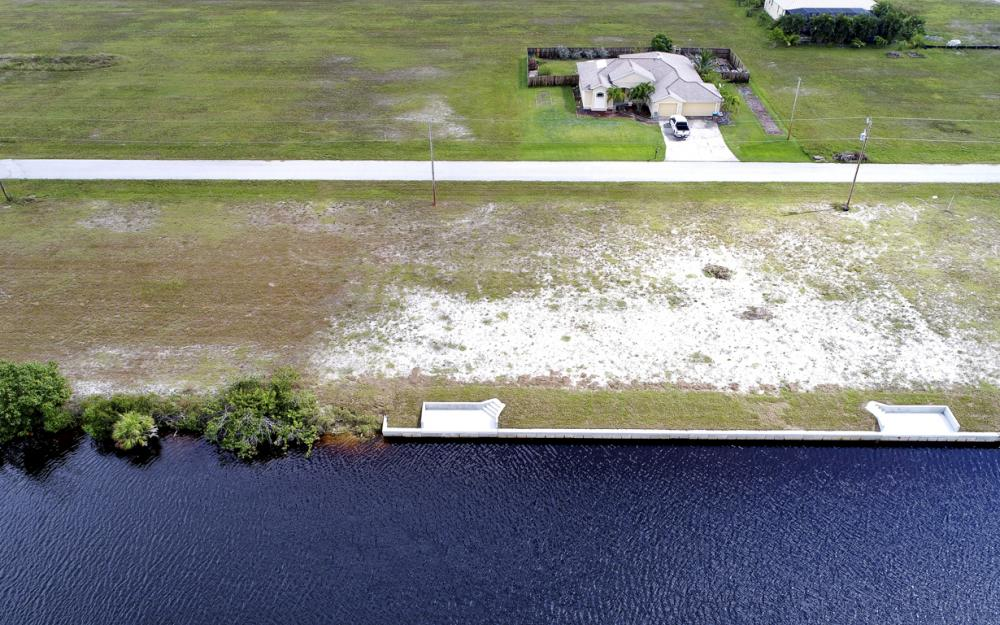 302 NW 32nd Pl, Cape Coral - Lot For Sale 1329608710