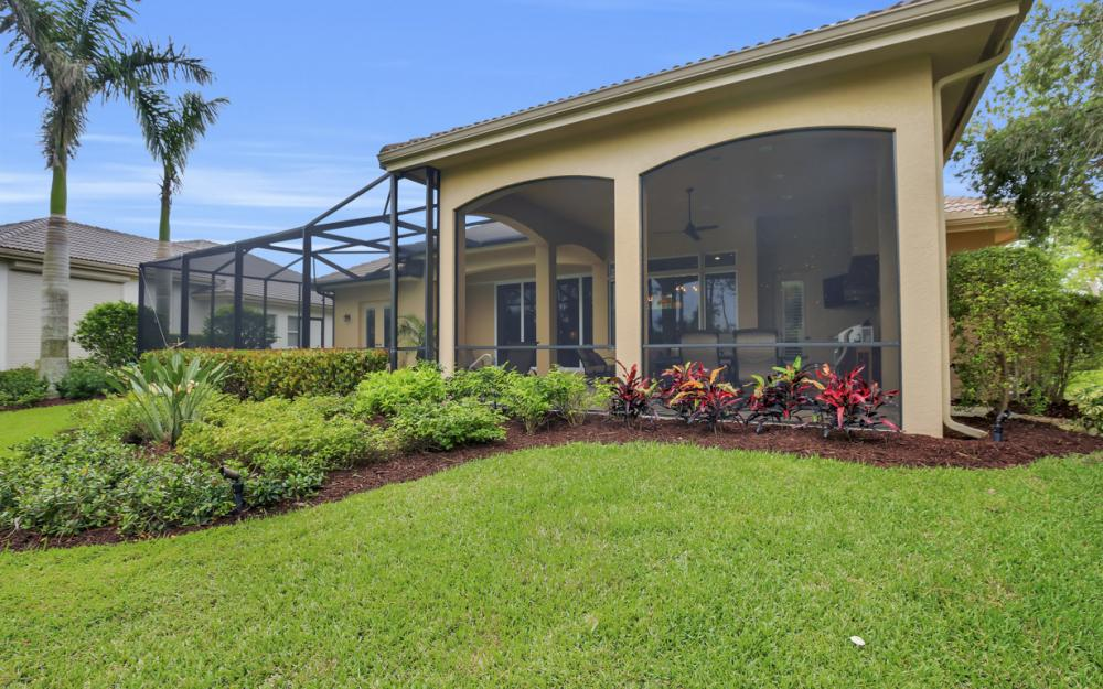 7670 Mulberry Ln, Naples - Home For Sale 570234702