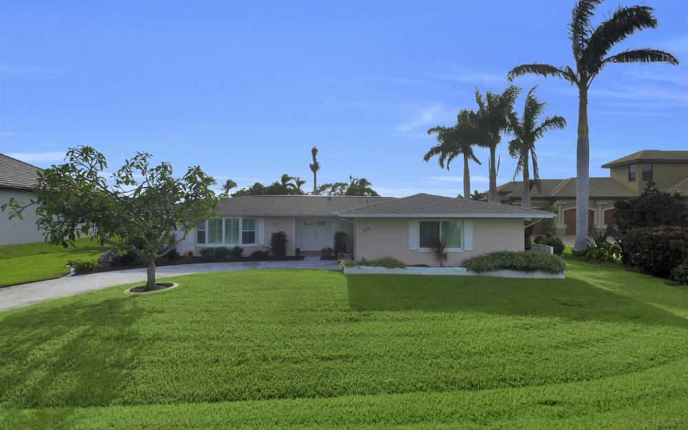 5218 Seminole Ct, Cape Coral - Home For Sale 289952159
