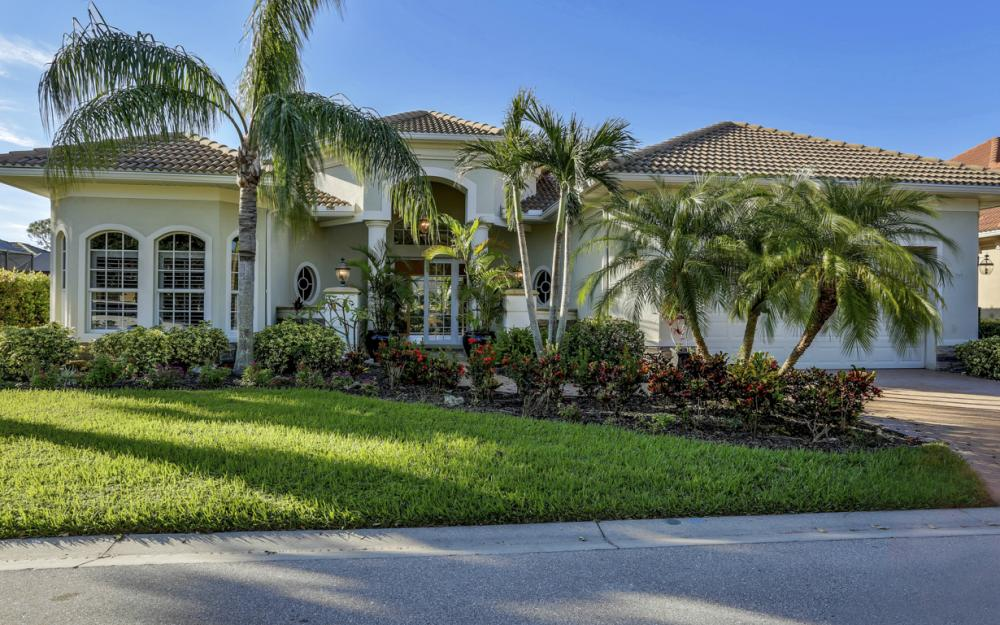 24909 Fairwinds Ln, Bonita Springs - Home For Sale 550236054