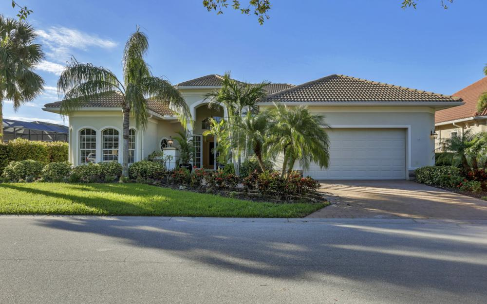 24909 Fairwinds Ln, Bonita Springs - Home For Sale 949871949