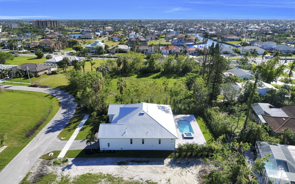 421 Elk Cir, Marco Island - New Home For Sale 1707044172