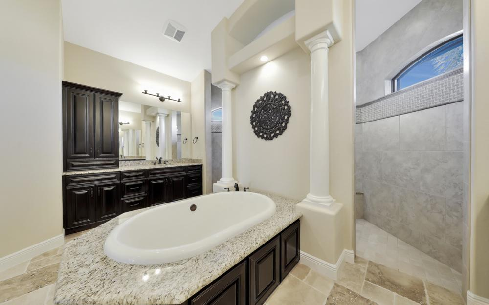 3926 NW 42nd Pl, Cape Coral - House For Sale 23279482