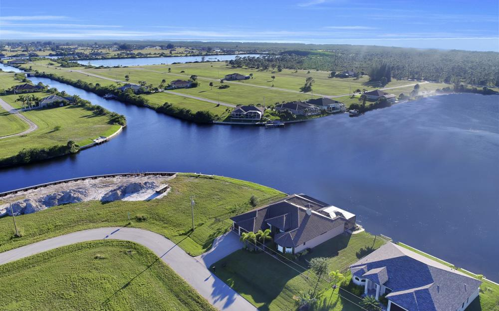 3926 NW 42nd Pl, Cape Coral - House For Sale 955624785