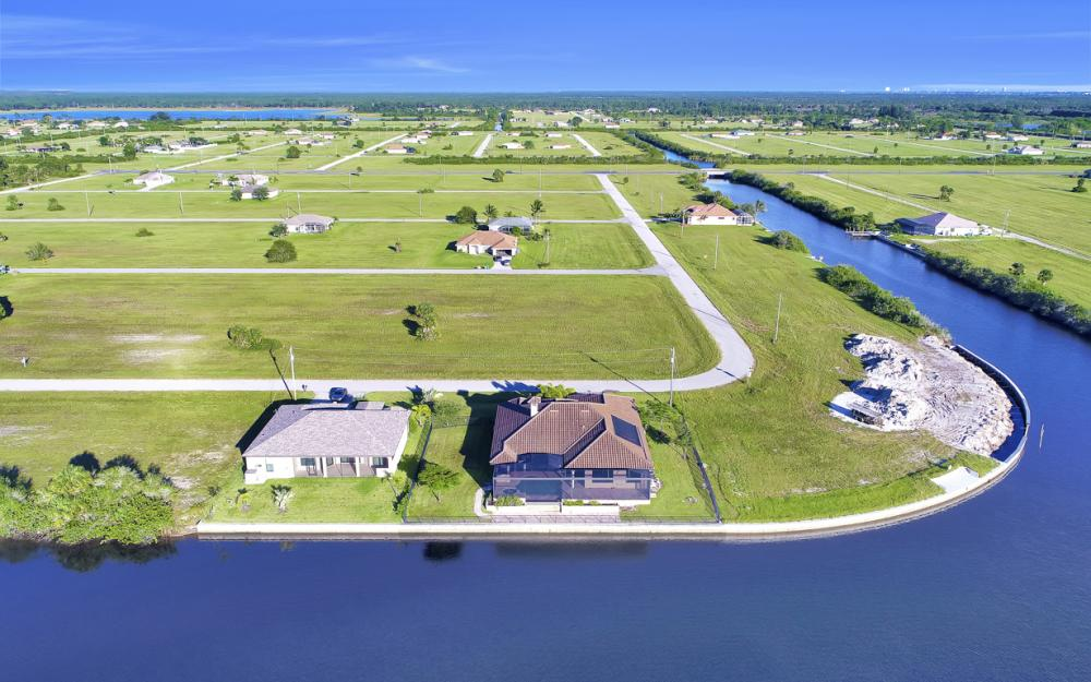 3926 NW 42nd Pl, Cape Coral - House For Sale 1612426563