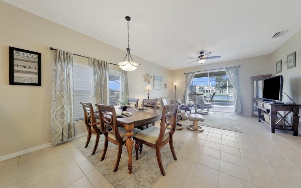 9005 Falcon Pointe Loop, Fort Myers - Home For Sale 812005323