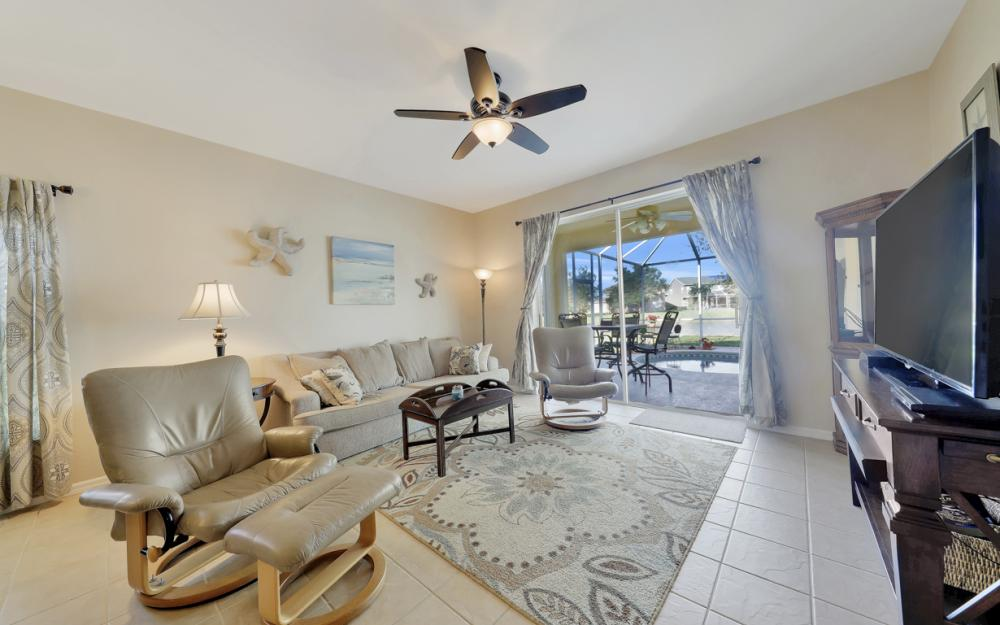 9005 Falcon Pointe Loop, Fort Myers - Home For Sale 2005851564
